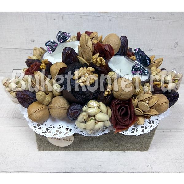 Корзина с сухофруктами и орехами в подарок 82